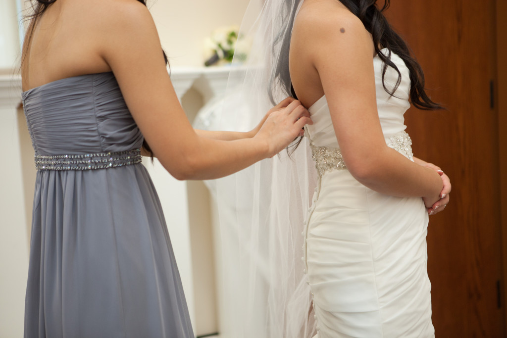 Alterations houstons wedding gown specialist for Wedding dress alterations houston